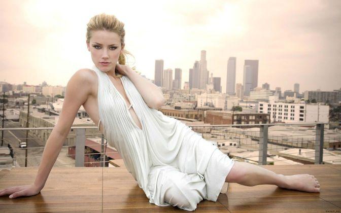 Gorgeous-Women-Amber-Heard