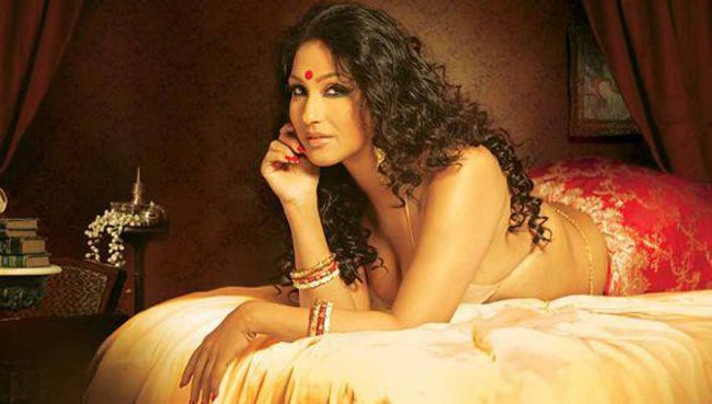 Hot-Bengali-Actress-Rituparna-Sengupta