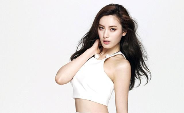 Most-Beautiful-Girls-Nana