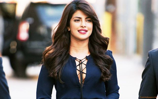 Priyanka Chopra Sexiest And Hottest Women In The World 2K17