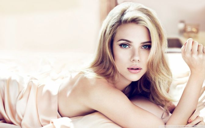 Scarlett Johansson Sexiest And Hottest Women In The World 2K17