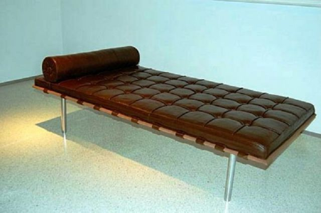 Bed-Made-From-Chocolate