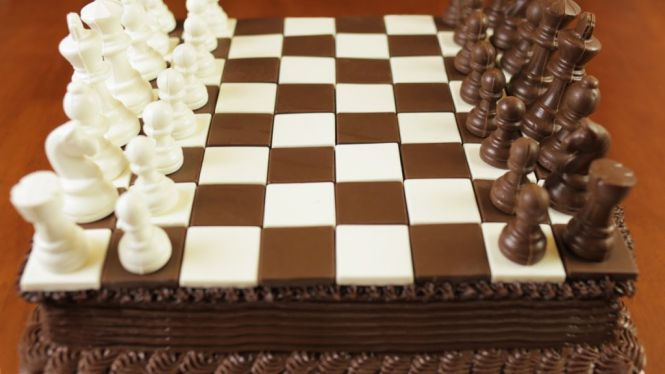 Chess-Made-From-Chocolate