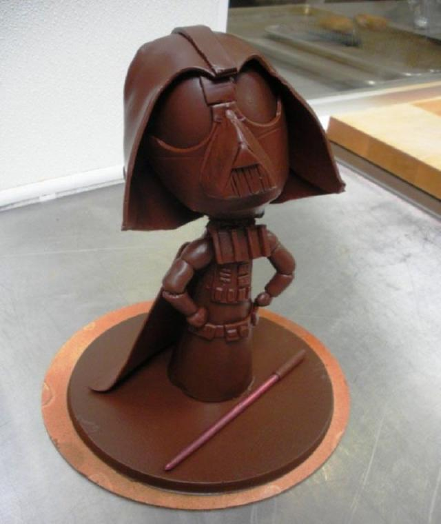 Darth-Vader-Made-From-Chocolate