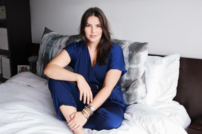 Hot-Plus-Size-Model-Candice-Huffine