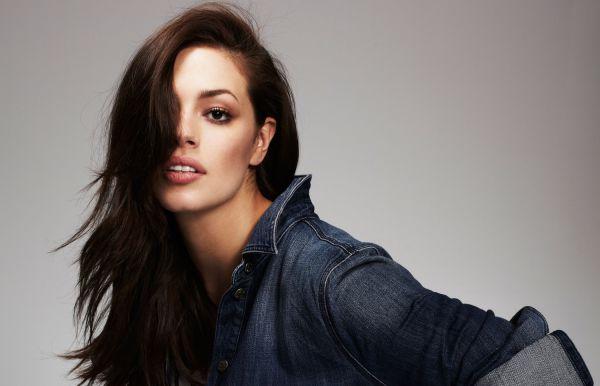 Hottest-Plus-Size-Model-Ashley-Graham