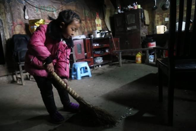 Anna-Wang-Chinese-Girl-Helping-Grand-Parents-1