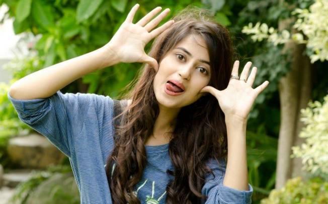 Beautiful-Asian-Girl-Sajal-Ali