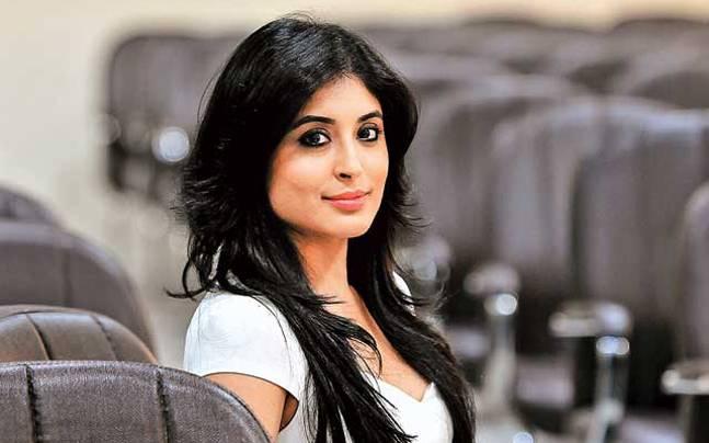 Beautiful-Indian-TV-Serial-Actress-Kritika-Kamra