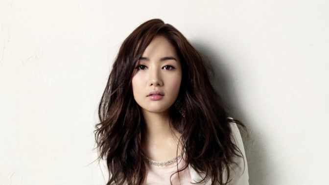 Beautiful-Korean-Actress-Park-Min-young
