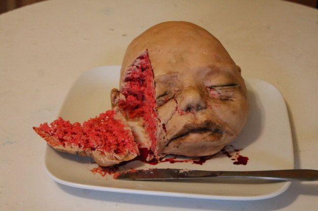 Creepy-Cakes-5