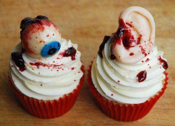 Creepy-Cakes-7