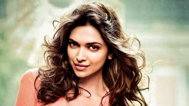 Highest-Paid-Actress-Deepika-Padukone