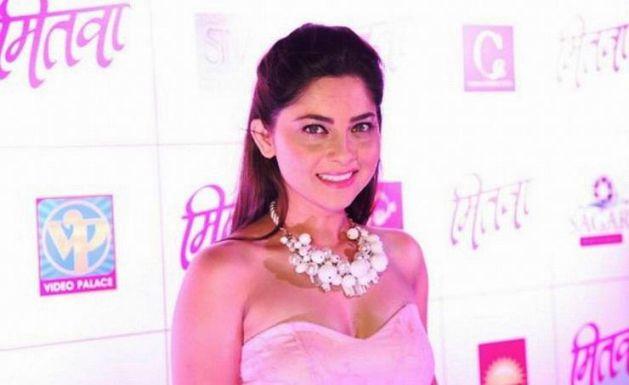 Hot-Marathi-Actress-Sonalee-Kulkarni