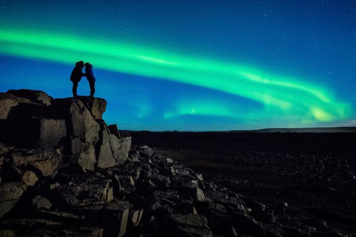 Photographer-Proposed-Under-Northern-Lights-9