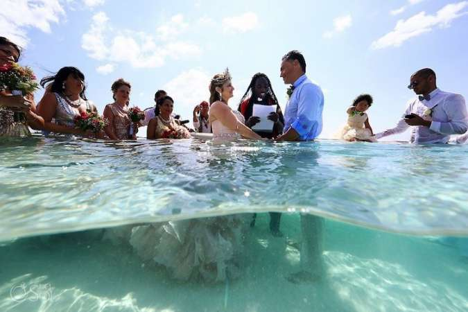 Underwater-Wedding-3