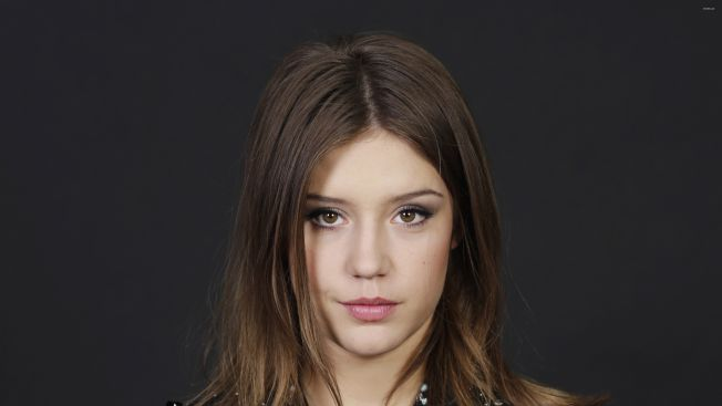 Beautiful-Hottest-French-Woman-Adèle-Exarchopoulos