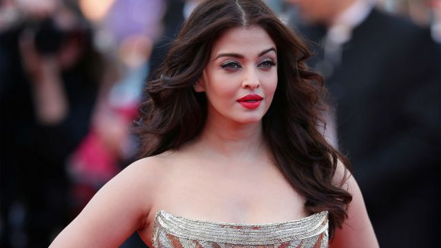 Beautiful-Indian-Woman-Aishwarya-Rai-Bachchan