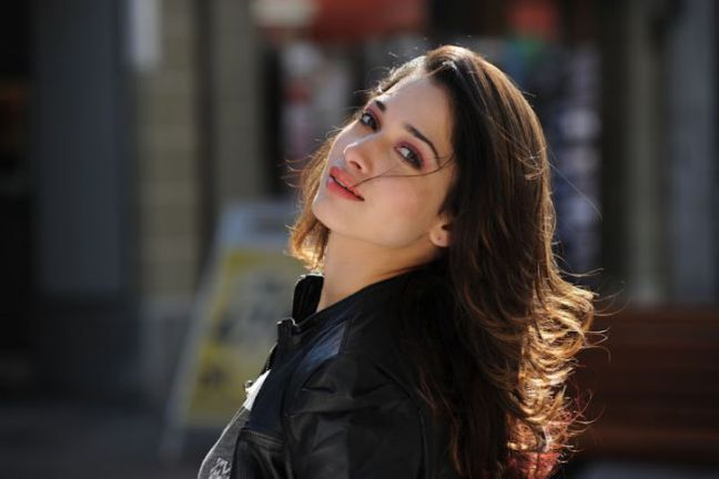 Beautiful-Indian-Woman-Tamannaah