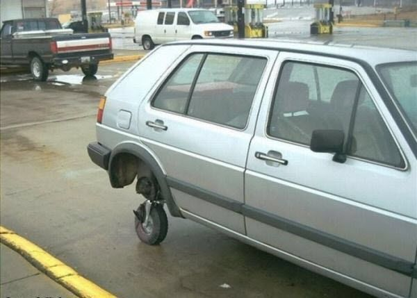 Funniest-Car-Fails-10