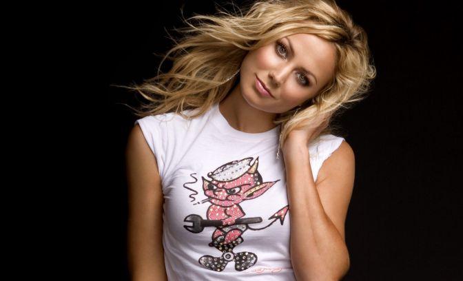 Hottest-WWE-Diva-Stacy-Keibler