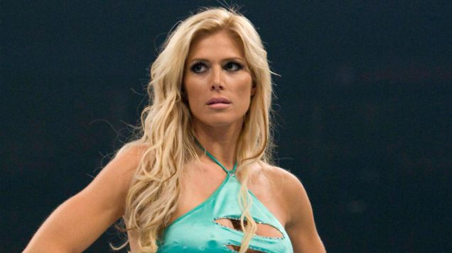 Hottest-WWE-Diva-Torrie-Wilson