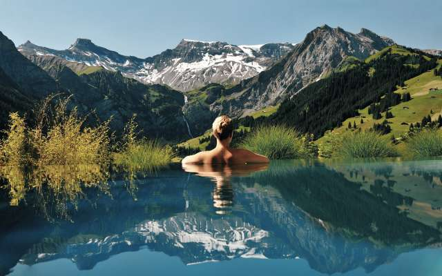 Infinity-Pool-at-The-Cambrian-Hotel-Adelboden-Switzerland