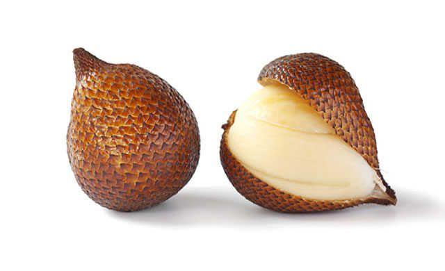Rare-Exotic-Fruit-Salak