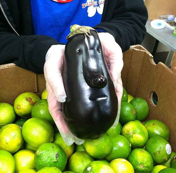 Oddly-Shaped-Fruits-Vegetables-8