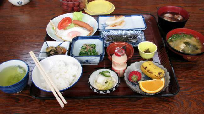 Breakfast-in-Japan