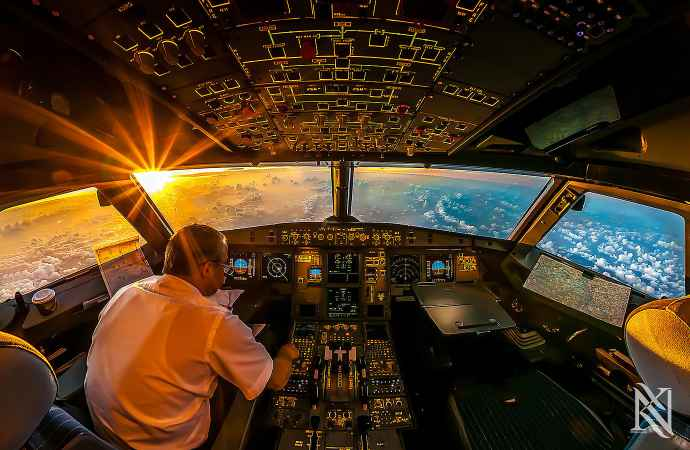 Stunning-Photographs-Airplane-Captain-1