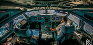 Stunning Photographs Airplane Captain