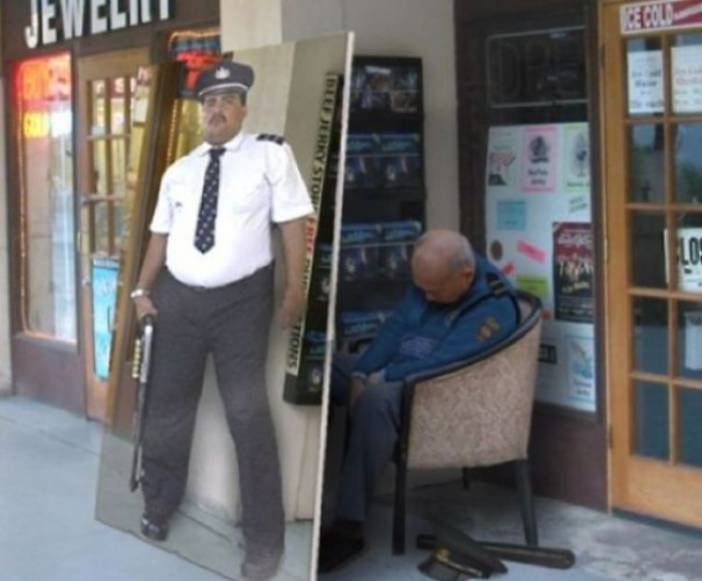Funny-Security-Fails-2