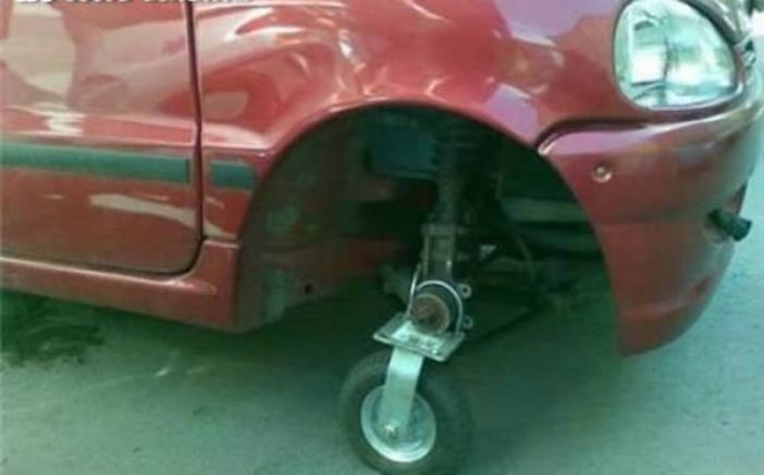Flat-Tyre-Funny-Solutions-6