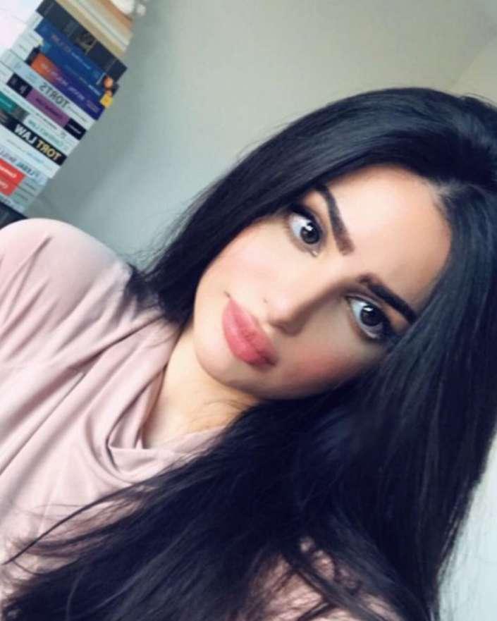 Beautiful kuwaiti girls